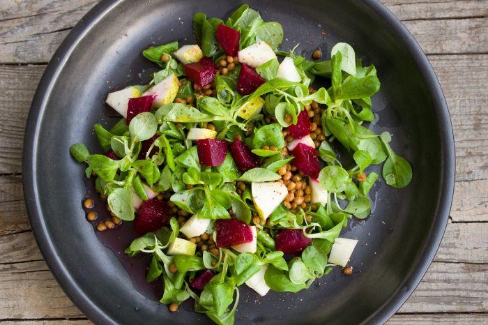 salata cu boabe de năut